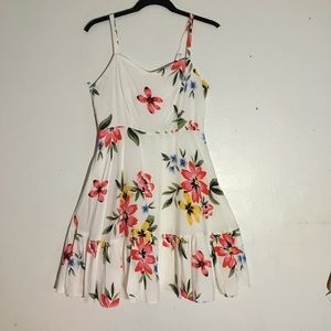 Old Navy White fit & flare floral sun dress Small